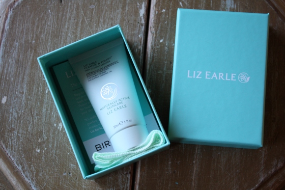 Liz Earle Cleanse & Polish Hot Cloth Cleanser Starter Kit