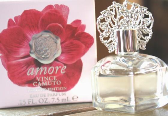 Vince Camuto Amore Eau De Parfum Pic 3