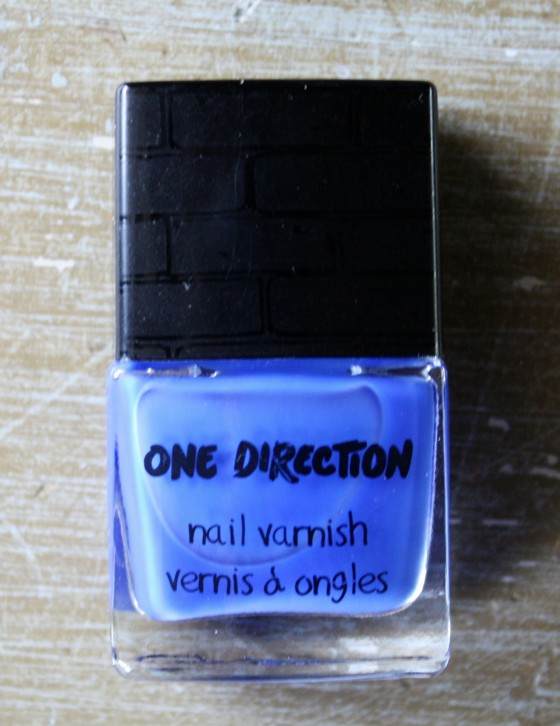One Direction's New Nail Varnish in the color Happily