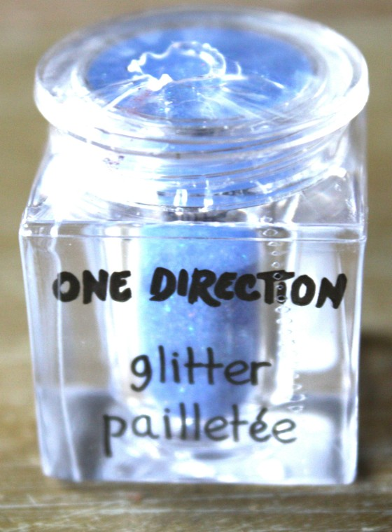 One Direction's New Sparkle nail art glitter in the color   Kicks