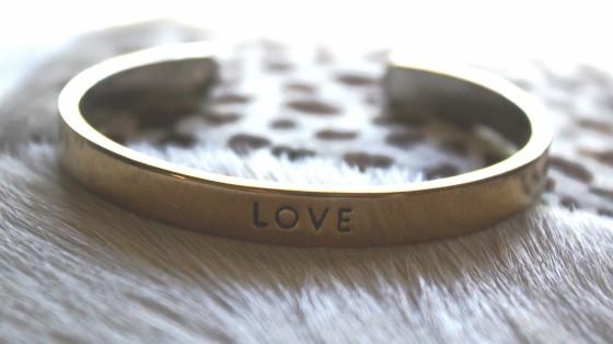 BirchBox Plus September 2015 Kitsch Love Bracelet