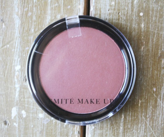 GlossyBox September 2015 Box Review Emite Make Up Artist Colour Powder Blush