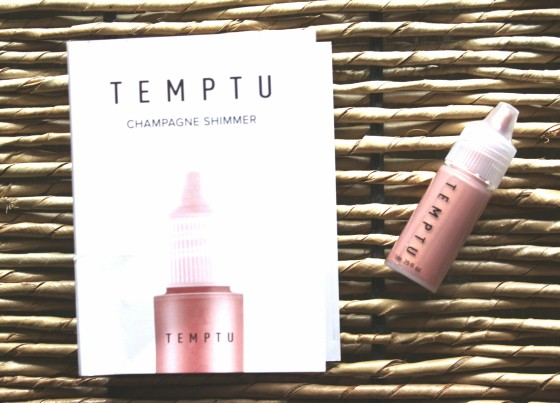 Ipsy September 2015 Temptu Champagne Shimmer Highligther
