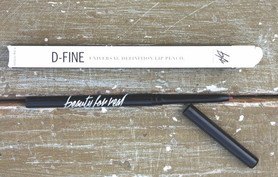 Glossybox November 2015 Box Beauty For Real D-Fine Perfect Lip Pencil