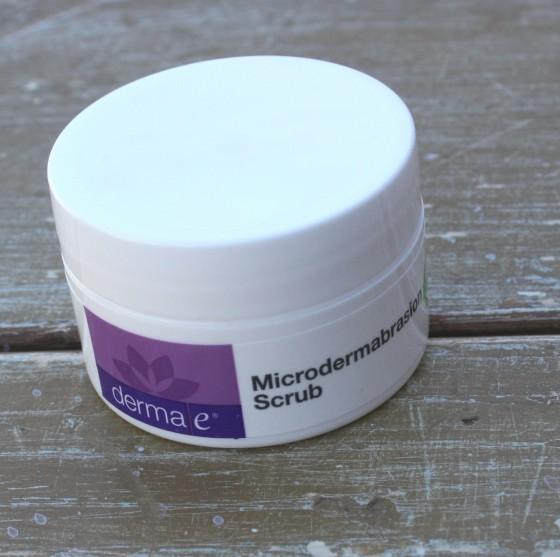 Birchbox December 2015 Box Reveal Dermae Mircodermabrasion Scrub