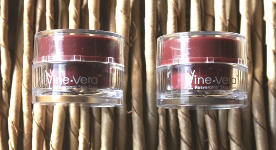 Glossybox March 2016 Box Vine Vera Resveratrol Merlot Moisture Day Cream