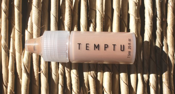 Ipsy March 2016 Bag Temptu Bronzer in Warm Glow