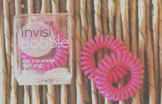 Glossybox August 2016 Box Reveal Invisibobble the Traceless Hair Ring