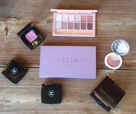 beauty-product-expiration-when-to-toss-it-a-guide-to-your-makeup-beauty-products-shelf-life-eyeshadows