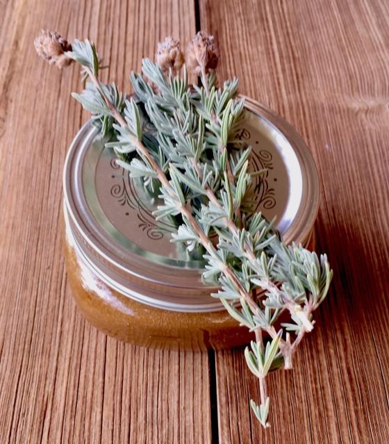 diy-lavender-honey-sugar-scrub