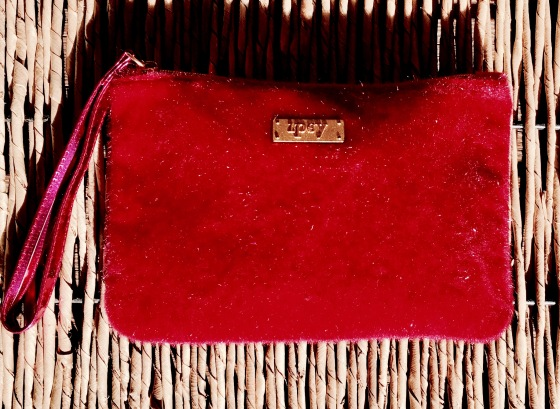 ipsy-review-december-2016-featured-red-bag