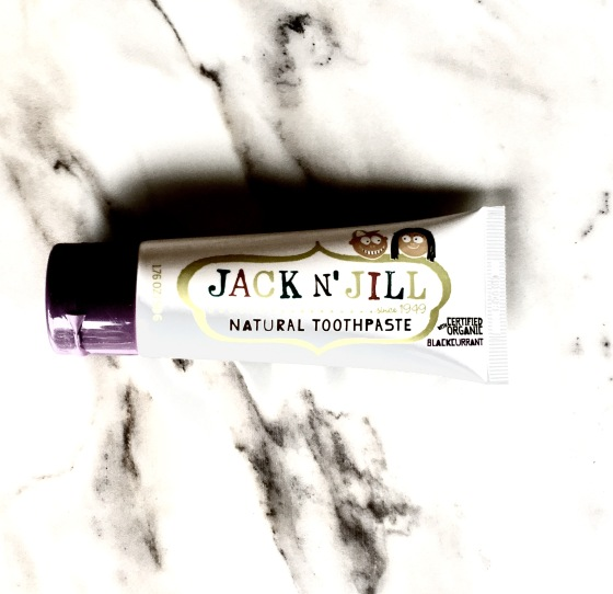 subscription-alert-daily-goodie-box-february-2017-edition-jack-n-jill-natural-toothpaste